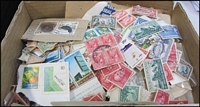 Lot 74:New Zealand 250gr (approx) mostly off-paper 1900s-1970s era, with some mint issues sighted. (many 100s)
